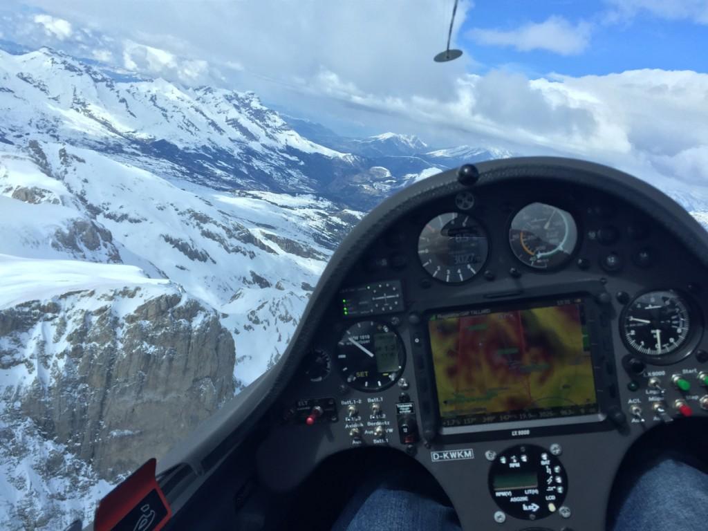 Der Blick über die verschneiten Alpen. Foto: Markus Völter